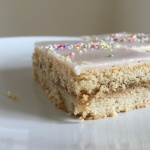 Recipe: Rhubarb slices / Rabarbersnitter