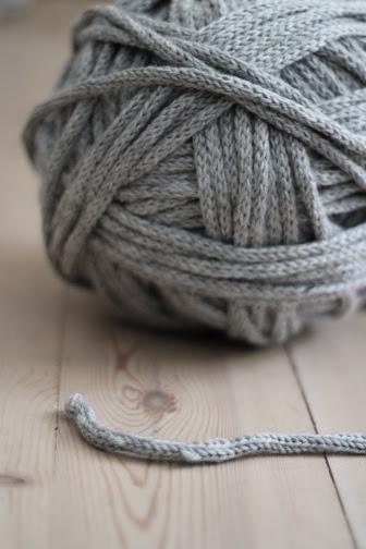 I-cord yarn